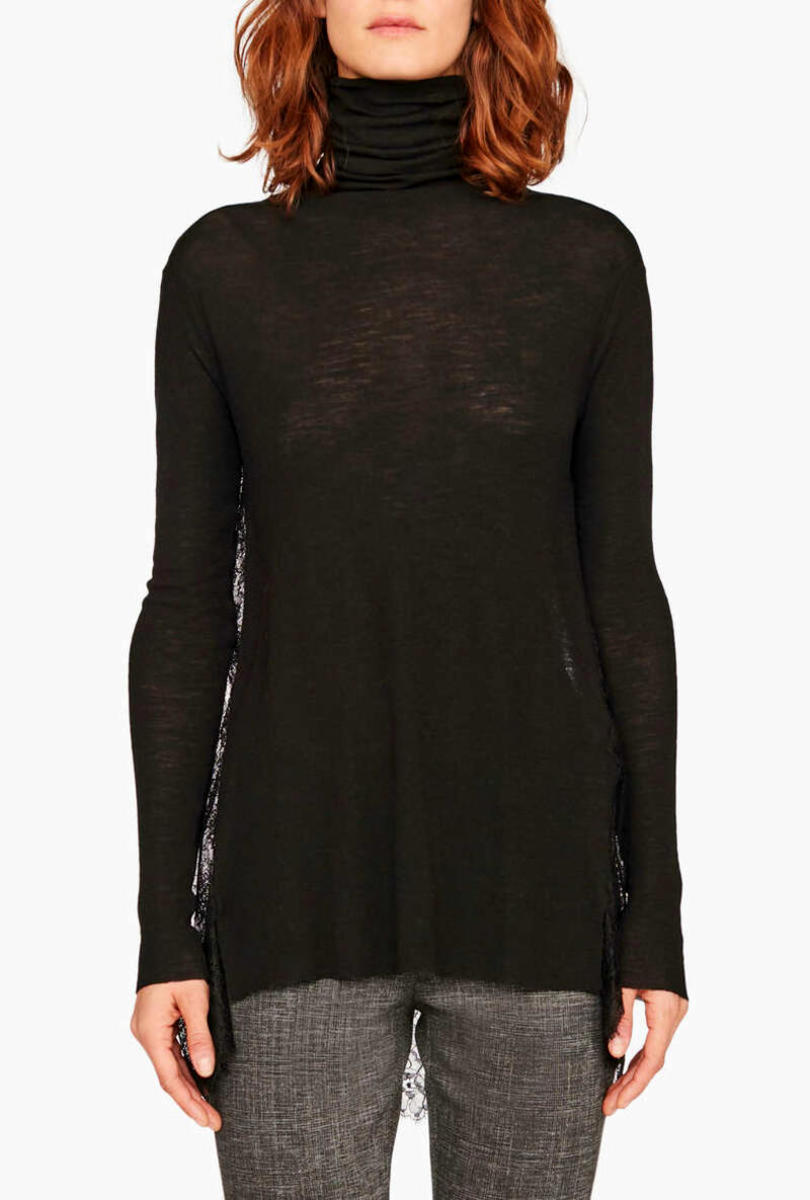 Jumper with pleated lace