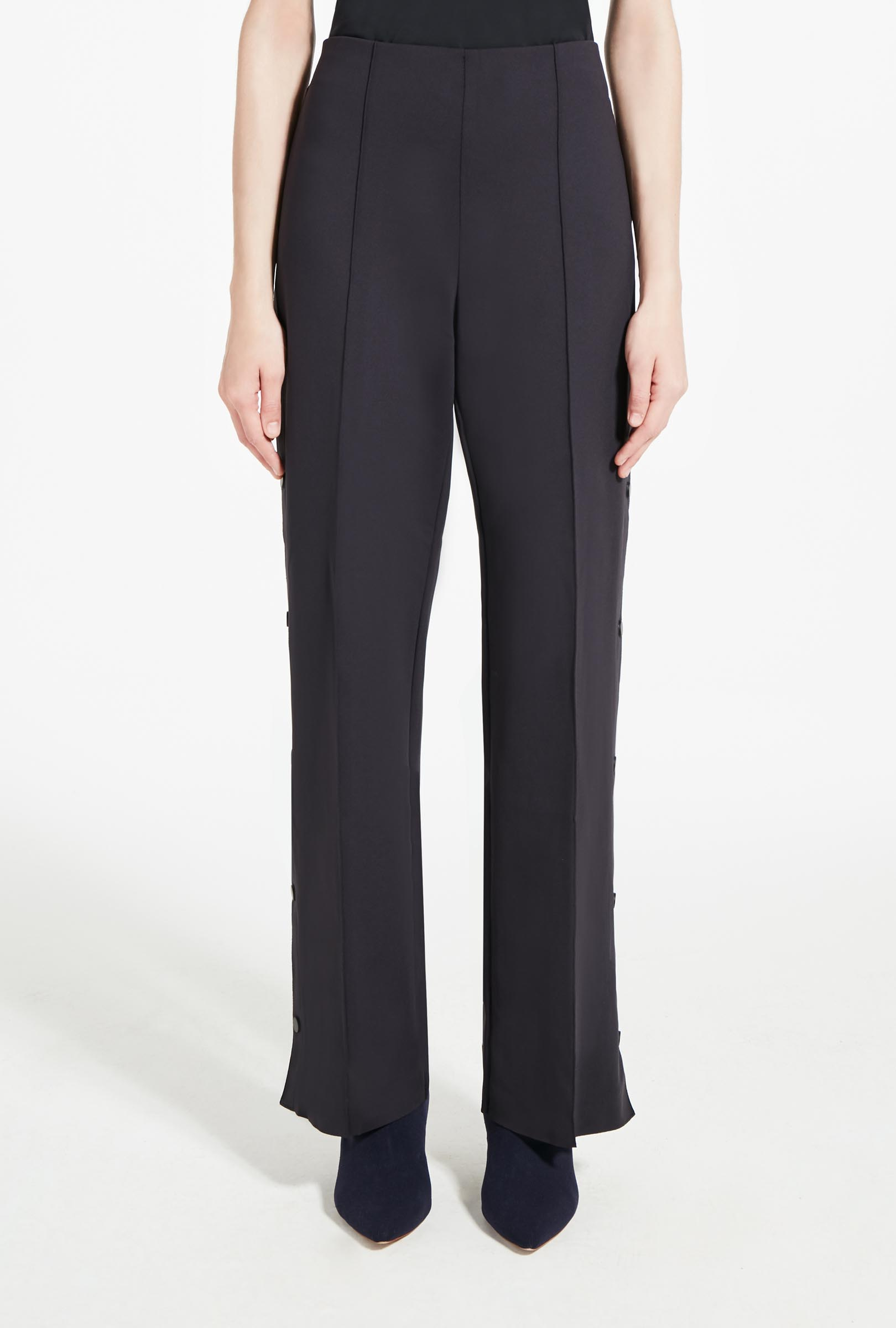 Jersey trousers with buttons